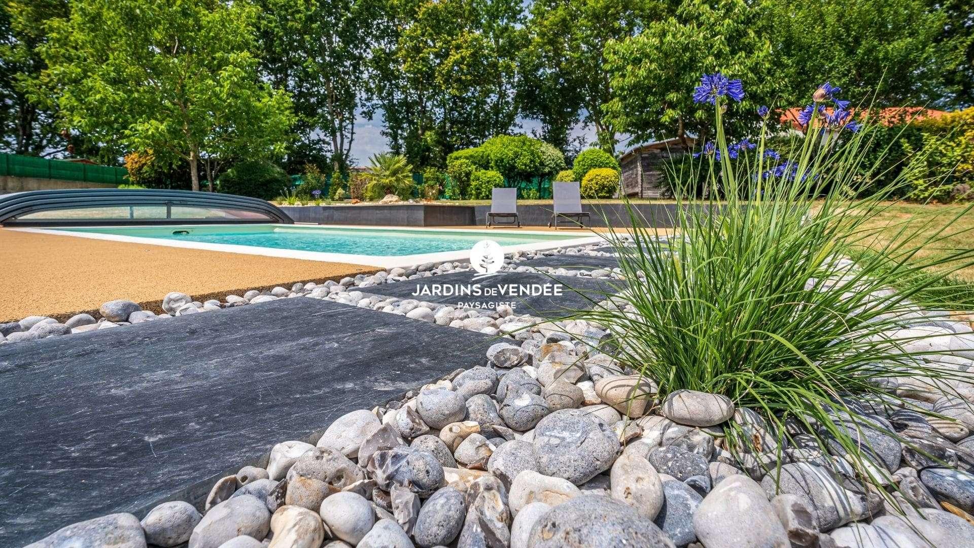 jardinsdevendee-nosrealisations-amenagement-piscine