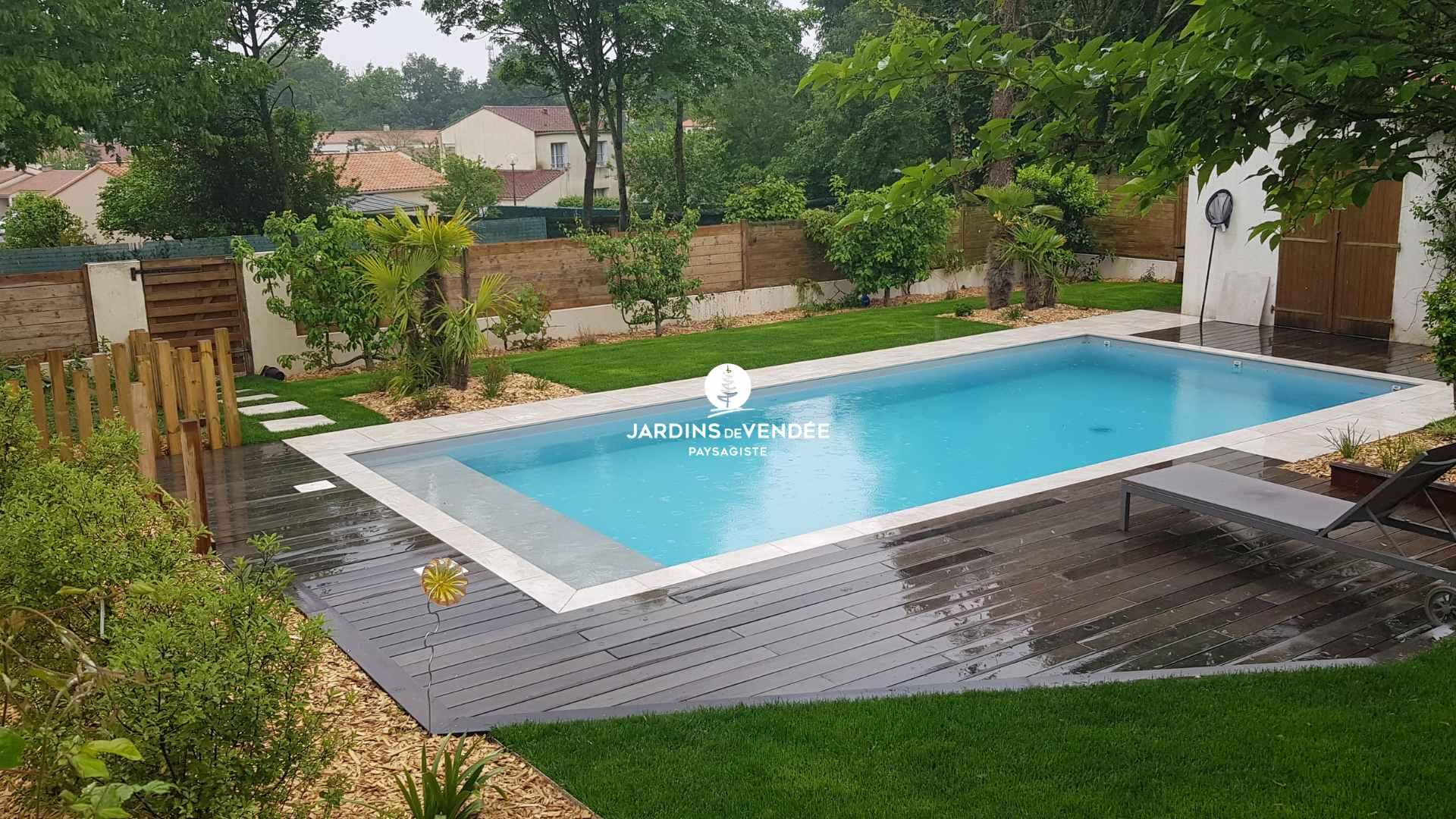 jardinsdevendee-nosrealisations-piscine17-compressed