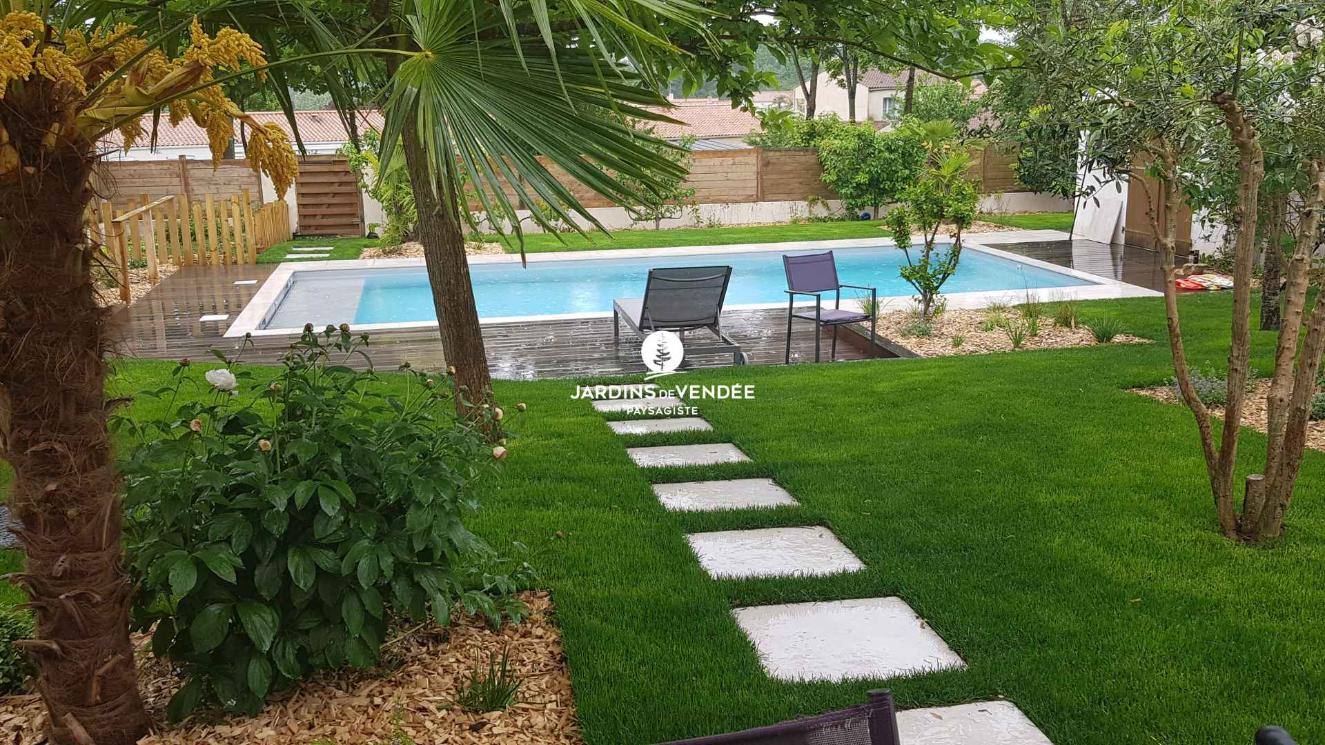jardinsdevendee-nosrealisations-piscine18-compressed